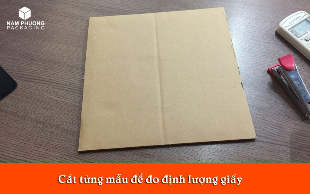 dinh luong giay lam thung carton 3 lop