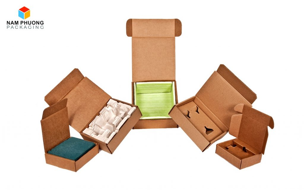 3 yếu tố để tính giá thùng carton đựng hàng điện tử